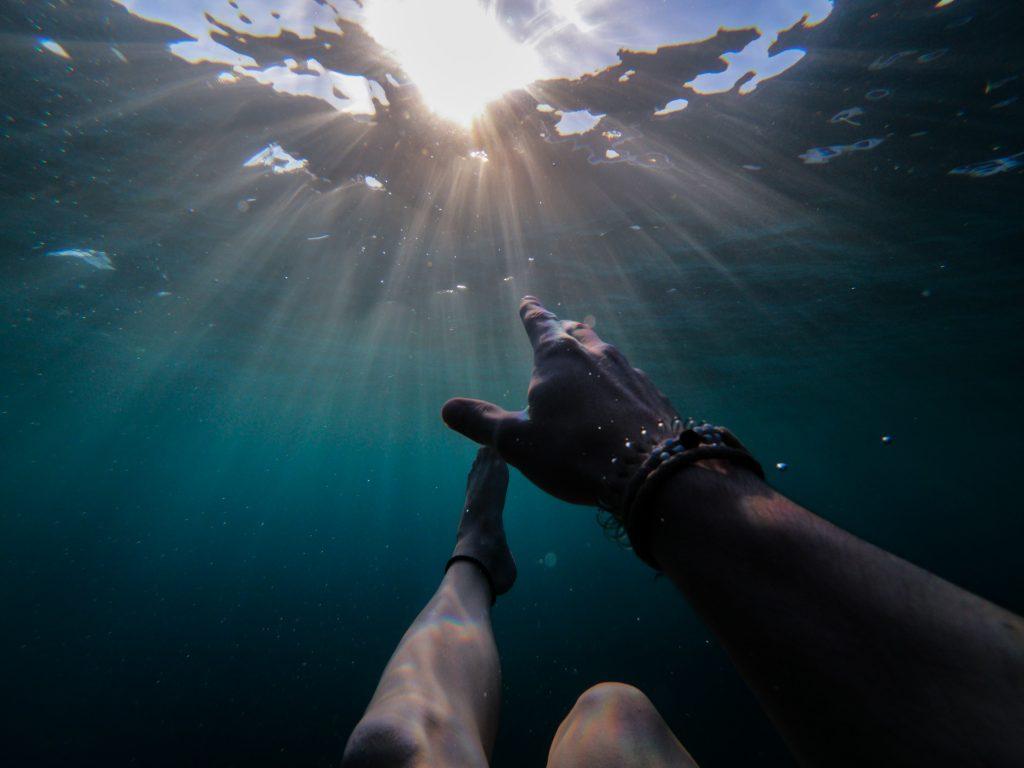 95%的人是喊不出聲音的,能夠求援揮手的溺者比例也很低。