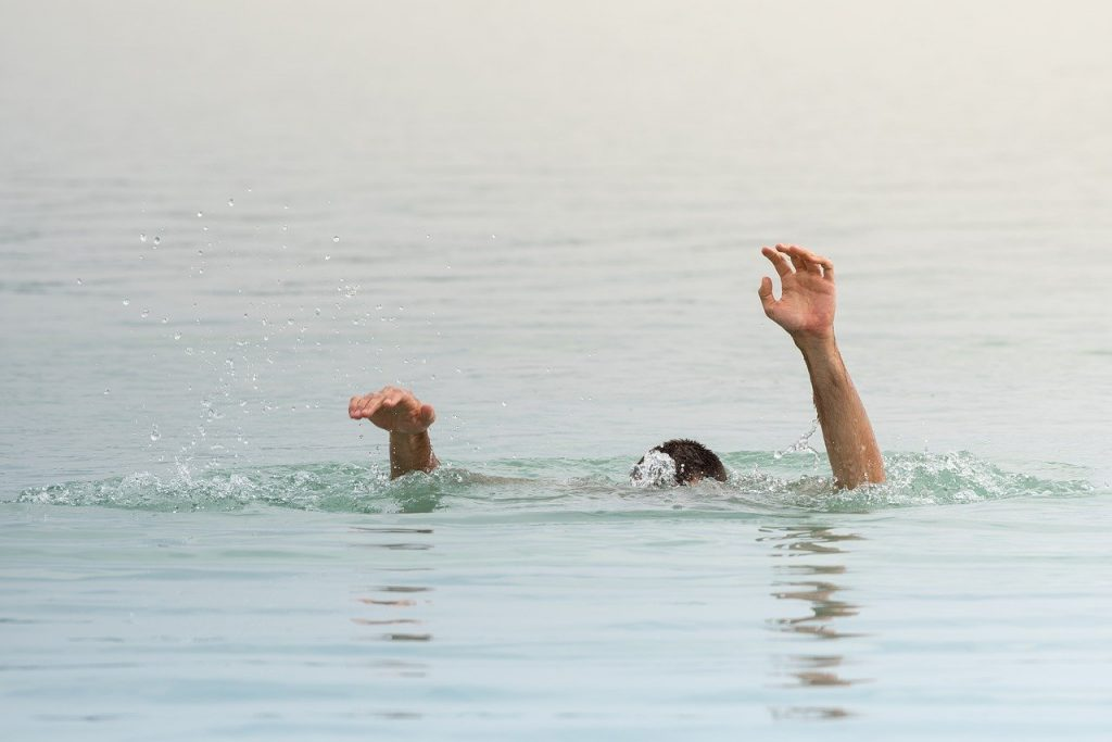 不管從事任何運動項目,在暖身運動沒做足的情況下,容易發生抽筋現象