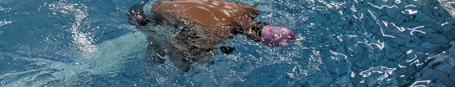 不會游泳也能學會的自救技巧 – 水母漂
